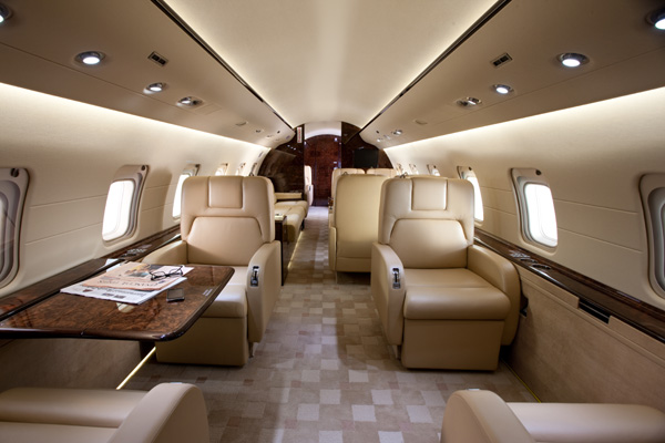 Bombardier Challenger 850 Interior and Cabin Photo