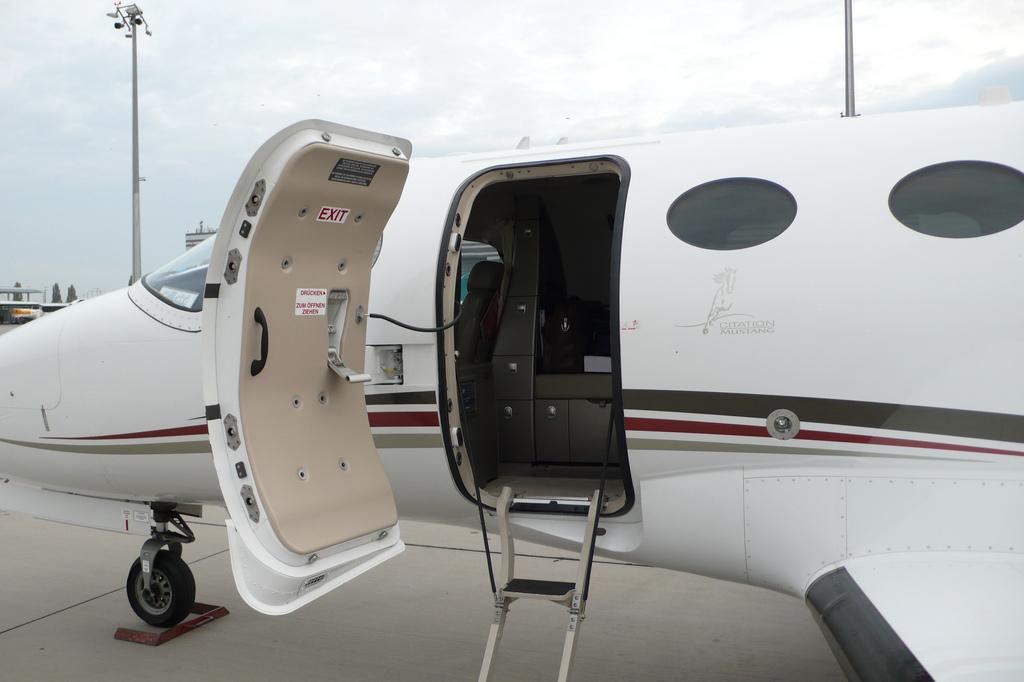 Cessna Citation Mustang Lavatory Toilet Flyradius