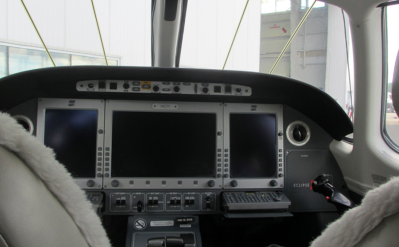 A Photo of the Cockpit for an Eclipse 550 Type Rating. Eclipse 550 Type Rating   FlyRadius