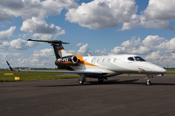 Embraer Phenom 300 Light Jet