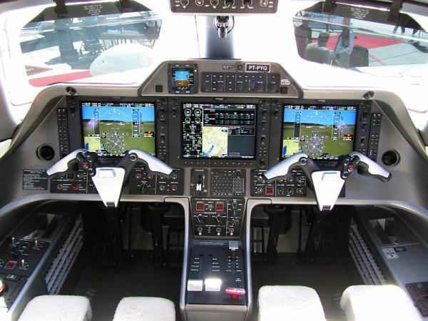 Embraer Phenom 100 Cockpit - Flight Deck Photo