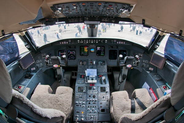 Bombardier CRJ1000 Cockpit - Flight Deck Photo