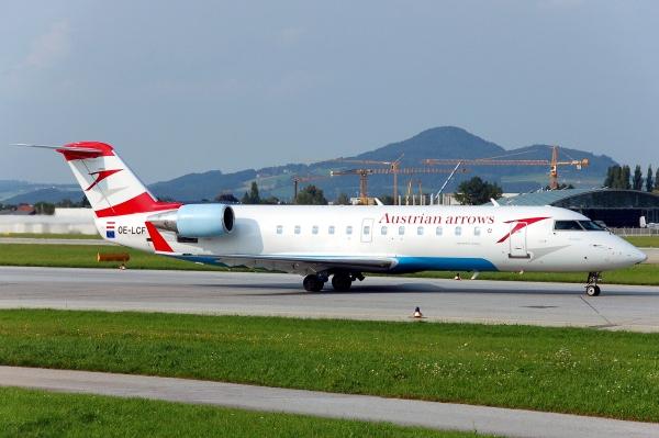 Bombardier CRJ200 ER Photo