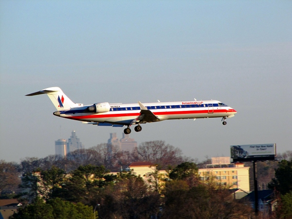 Bombardier CRJ700 For Sale Page Photo