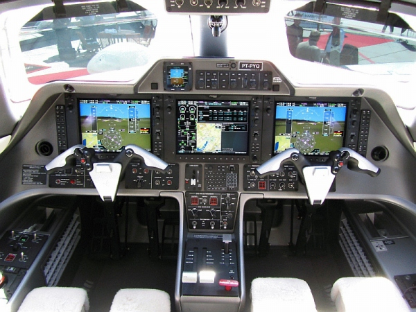 Embraer Phenom 100 Cockpit - Flight Deck Photo