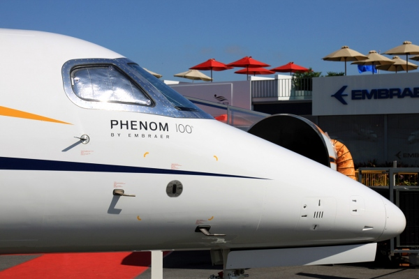 Embraer Phenom 100 Peformance Page Photo