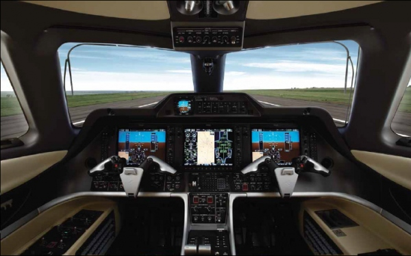 Embraer Phenom 300 Cockpit Flight Deck Photo