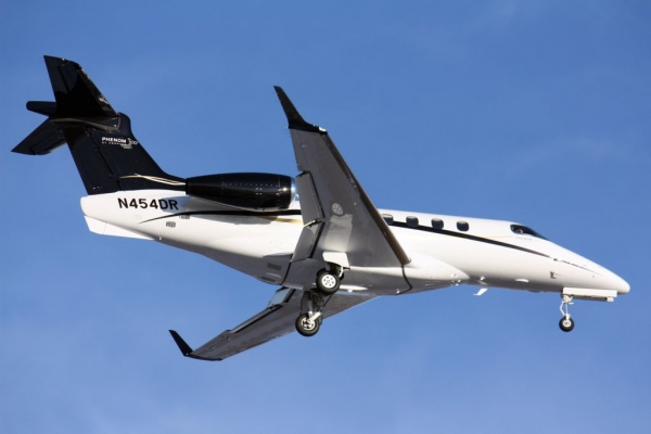 Embraer Phenom 300 Dimensions Photo