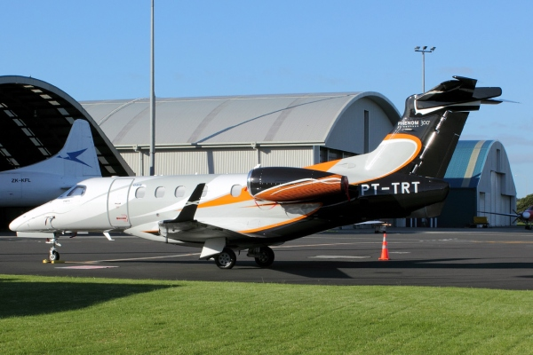 Embraer Phenom 300 Specifications Page Photo