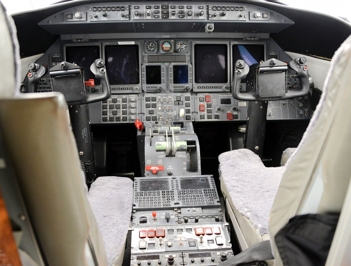 A photo of the Bombardier Learjet 45 Cockpit or Flight Deck. This is also a photo of the Bombardier Learjet 45 XR Cockpit