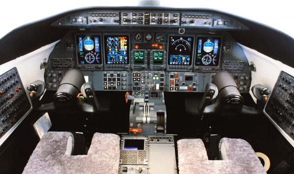 Learjet 45 Avionics Photo