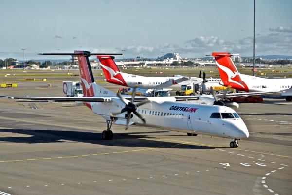 Bombardier Q400 Qantas Operated by QantasLink
