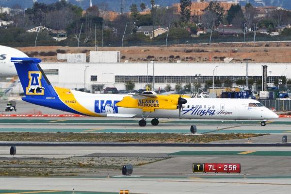 The University of Alaska Fairbanks Horizon Air - Alaska Airlines Q400