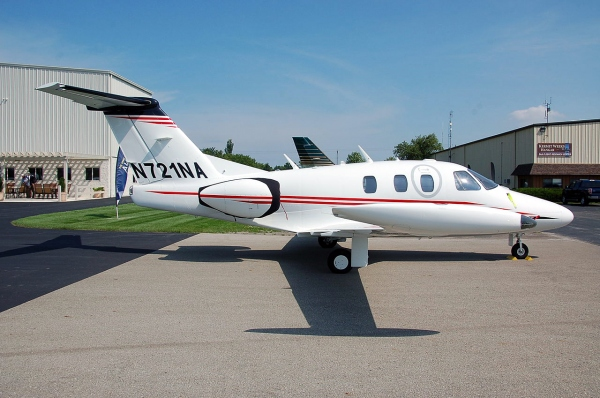 Eclipse 550 Single Pilot Page Photo. Photo is Actually an Eclipse 500 Jet