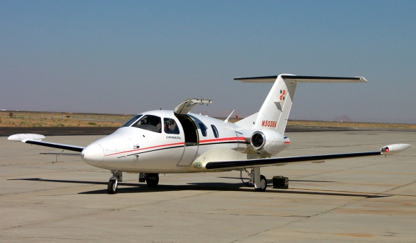 Eclipse 500 Specifications Page Photo